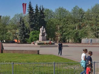 ploshhad-vasilevskogo-v-kaliningrade-sm