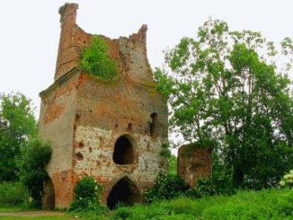 zamok-krojtsburg-v-kaliningradskoj-oblasti-sm